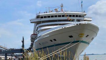 Bremerhaven: Neustart von MS Artania