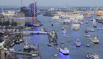Parade zu den Hamburg Cruise Days  © Hamburg Cruise Days