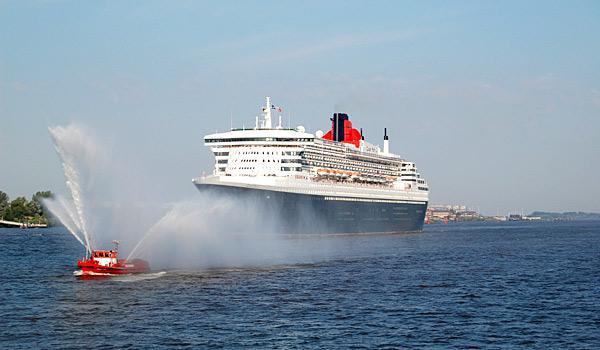Die Queen Mary 2 in Hamburg © Melanie Kiel