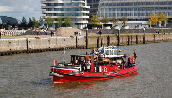 """Feuerlöschboot """"Feuerwehr IV"""" wurde 1930 gebaut und 1980 außer Dienst gestellt © Melanie Kiel"""