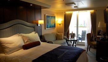 Die Marina verfügt über 625 Kabinen, davon 591 Balkonkabinen, 20 Außenkabinen und 14 Innenkabinen