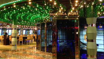 Eingang zur Discoteca Etolie auf Deck 4 © Melanie Kiel