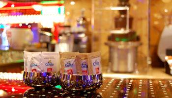 Unbedingt testen: die Schokoladenbar mit Schokobrunnen © Melanie Kiel