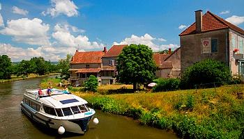 Unterwegs auf den Flüssen des Burgunds © Le Boat