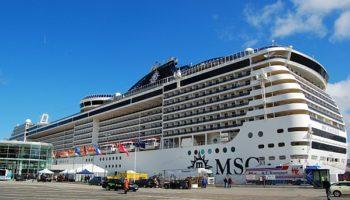 Die MSC Fantasia am Ostseekai in Kiel © Melanie Kiel