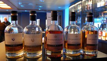 DFDS bietet nicht nur Whisky-Kurtrips nach Schottland an samt Whisky-Tasting an Bord, sondern auch eigenen Whisky. Unser Tipp: In der Bar bei einer Verkostung testen und danach aus dem Shop mit nach Hause nehmen © Melanie Kiel