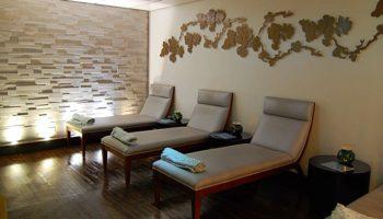 Neben dem Ruheraum kann man in der finnischen Sauna und im Dampfbad entspannen © Melanie Kiel