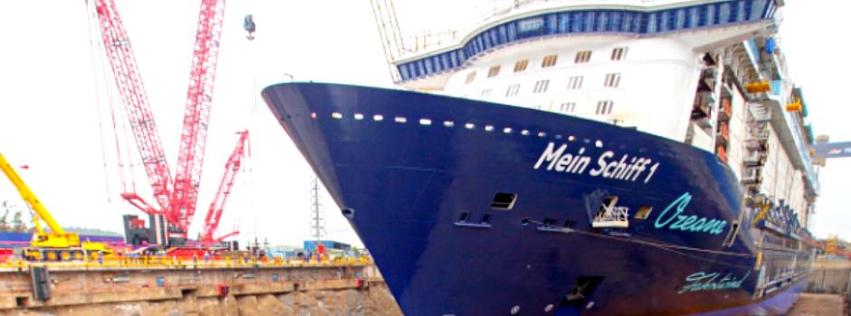 Aufschwimmen der neuen Mein Schiff 1 @ TUI Cruises