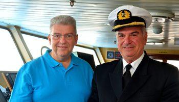 Peter Jurgilewitsch, Kreuzfahrtdirektor auf der Ocean Majesty © Hansa Touristik