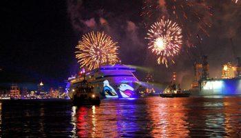 AIDA-Feuerwerk beim Hafengeburtstag Hamburg © Melanie Kiel