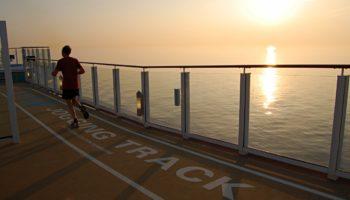 Laufrunde am Morgen: Der Jogging Track befindet sich auf Deck 17 © Melanie Kiel