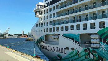 Die Norwegian Jade von Norwegian Cruise Line in Hamburg © Melanie Kiel