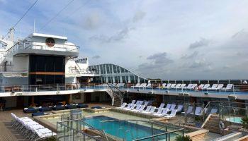 Pool auf der Marina von Oceania Cruises © Melanie Kiel