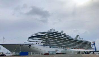 Die Marina am Cruise Terminal Rostock-Warnemünde © Melanie Kiel
