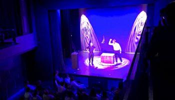 Theatervorstellung und Comedy in der Schaubühne © Melanie Kiel