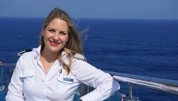 Cruise Direktorin Wilma Rehberg verrät uns ihre Lieblingsplätze an Bord der neuen Mein Schiff 1 © Melanie Kiel