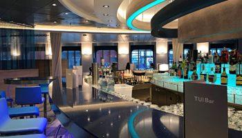 TUI Bar auf der neuen Mein Schiff 2 von TUI Cruises © Melanie Kiel