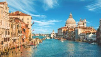Eines der Sehnsuchtsziele der Welt Venedig © Celestyal Cruises