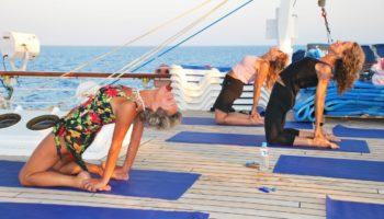Yoga an Deck © Star Clippers