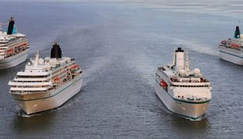 Vier Phoenix-Schiffe in Bremerhaven © Phoenix Reisen