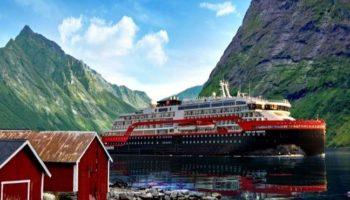 Mit Hurtigruten unterwegs im Hjorundfjord in Norwegen © Elfriede Schömig-Justert